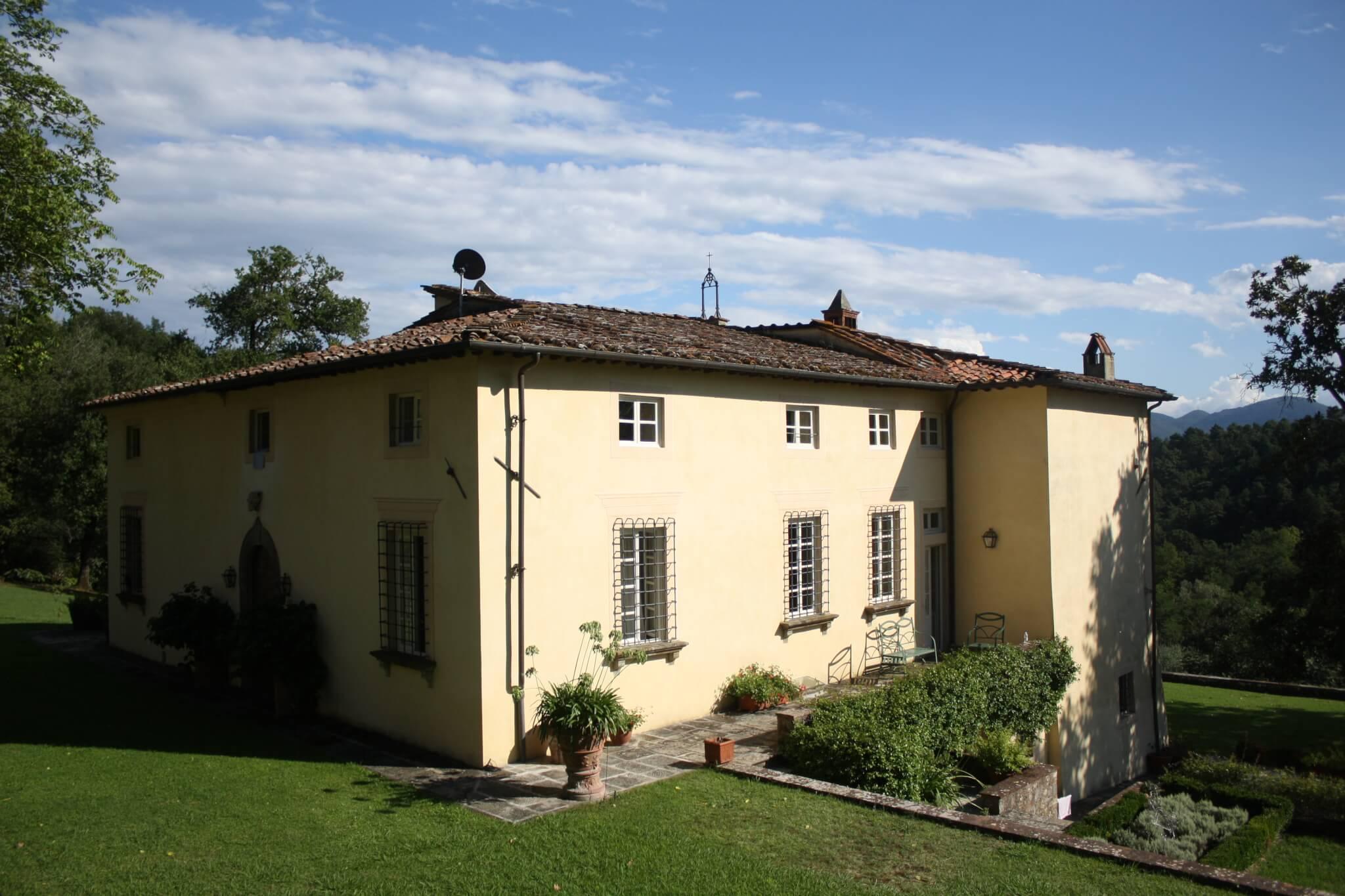 Villa Benvenuti - Back View