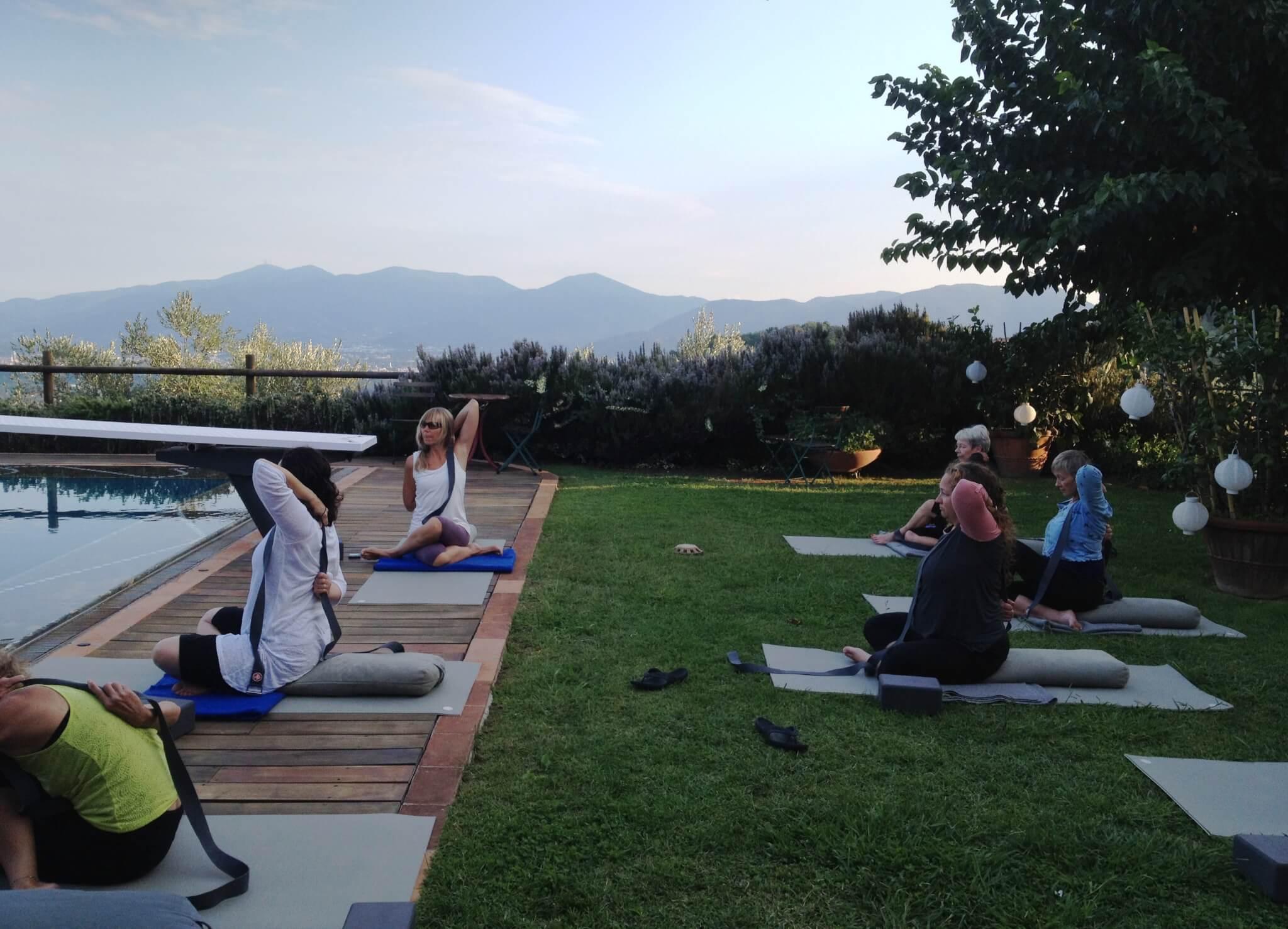 Yoga in Italy - Il Borghino outdoor spaces