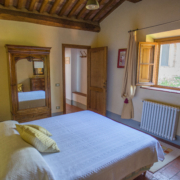 Il Borghino Retreat Centre - room with double bed called I Nespoli - Gialla. Yoga Retreat Italy