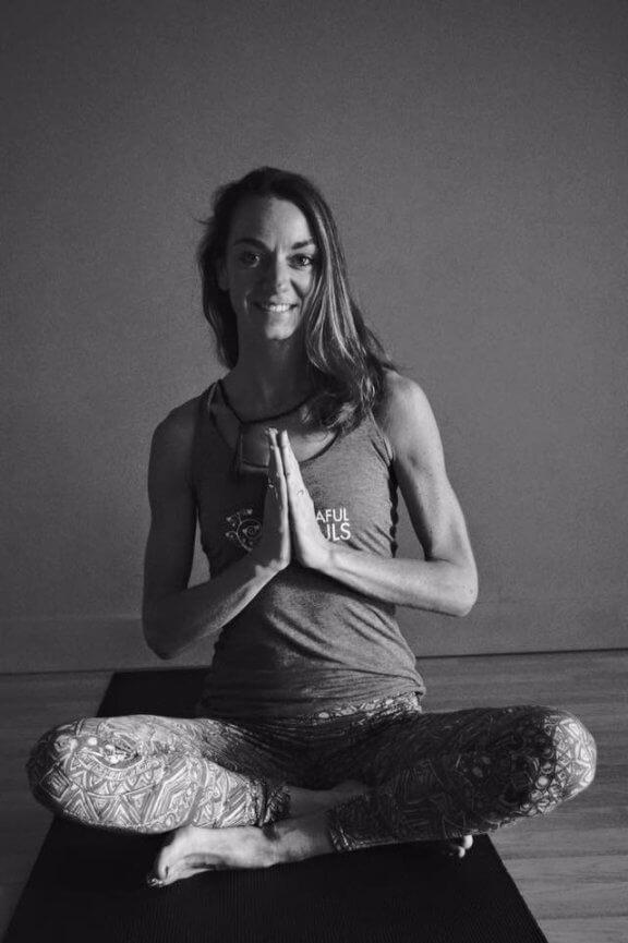 Sarah Oleson Yoga retreat Il; Borghino 2019