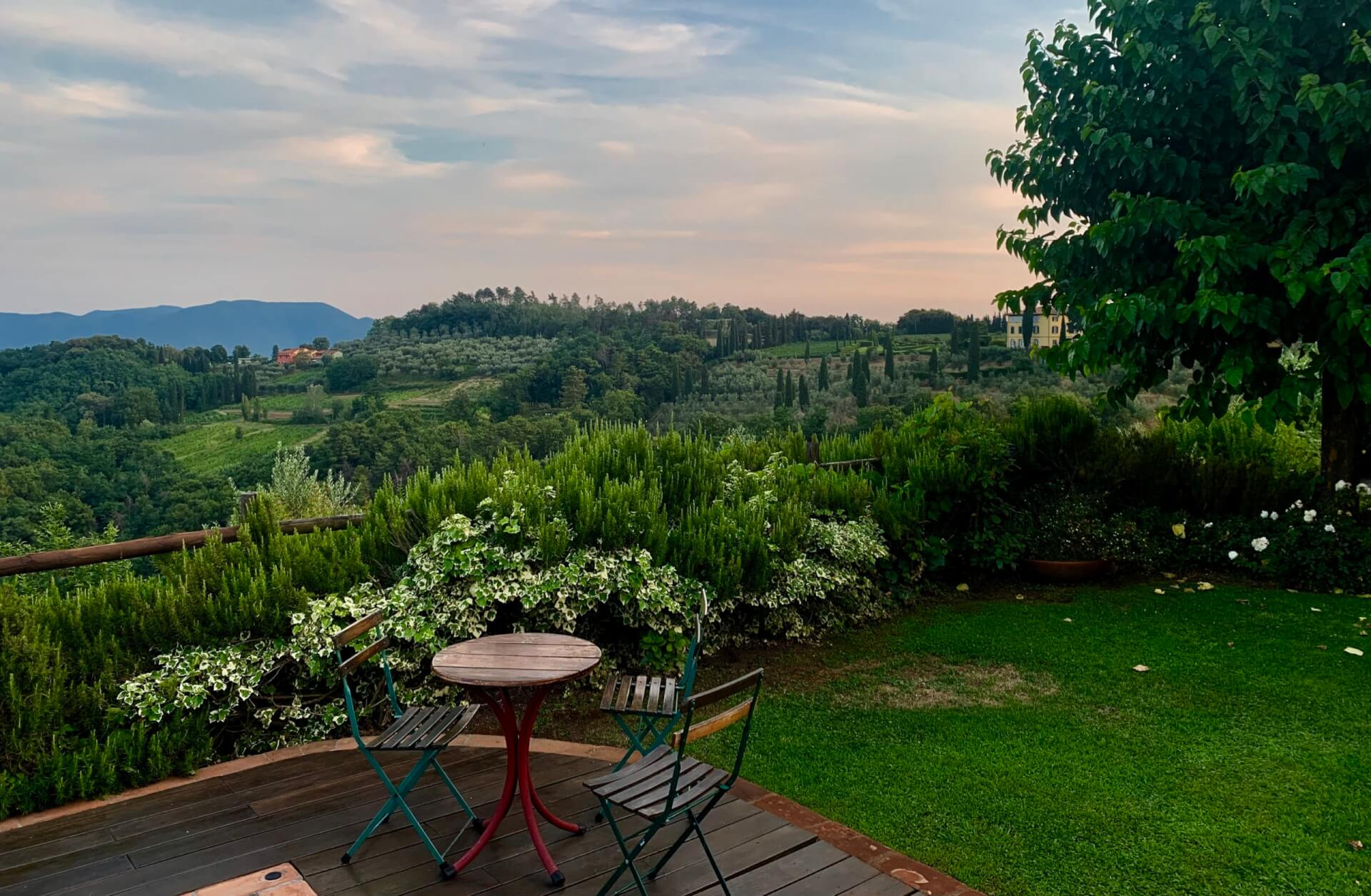 View over the hills of Lucca from I Borghino